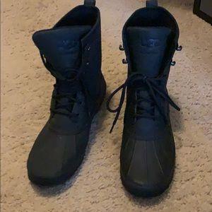 Men's ugg black waterproof boots size 13